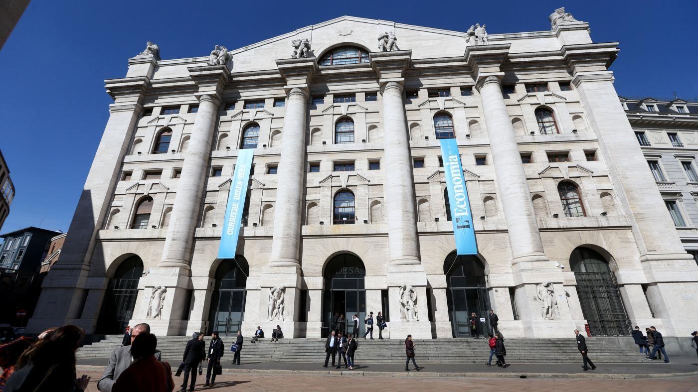 Borsa, Piazza Affari in rosso. S'impenna lo spread: quota 193