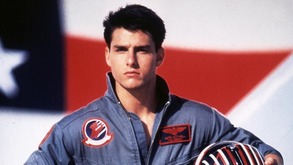 """Maverick è tornato: Tom Cruise annuncia l'inizio delle riprese di """"Top Gun 2"""""""