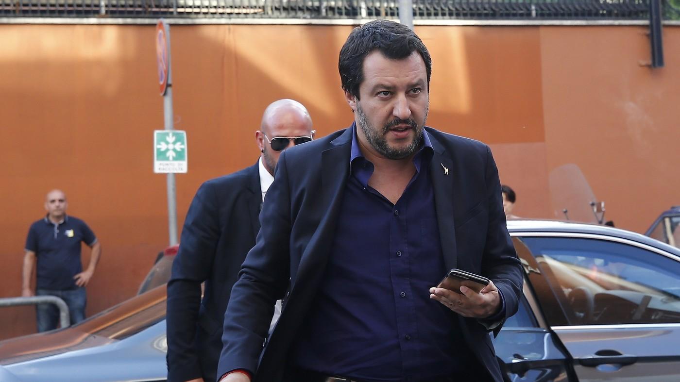 "Salvini ai commercianti: ""Stop all'aumento Iva e flat tax dal 2018"""