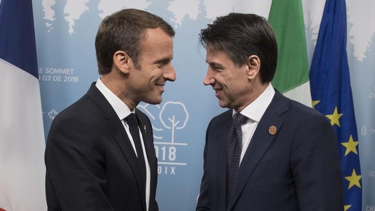"""Disgelo Italia-Francia, Conte sente Macron: """"Il caso è chiuso"""". Il premier va a Parigi"""