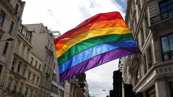 La transessualità non è una malattia, patologica la dipendenza da gioco