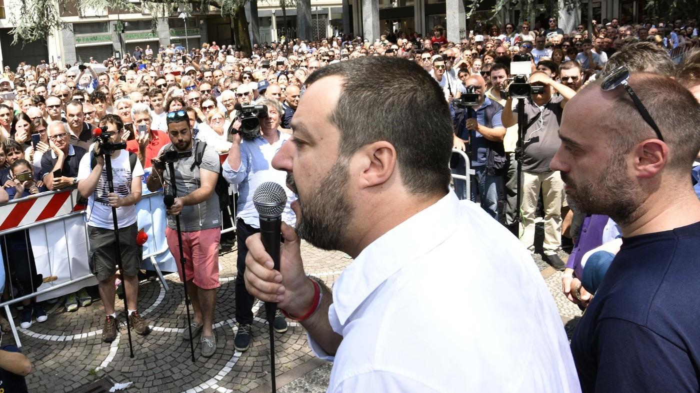 """Salvini: """"Onore alla Gdf per gli evasori totali. Ora pace fiscale"""""""