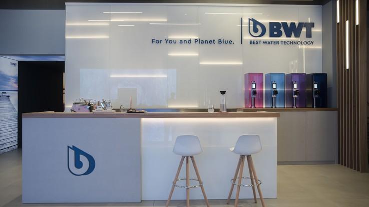 Bwt, a Milano showroom dell'acqua: produzione e consumo consapevoli