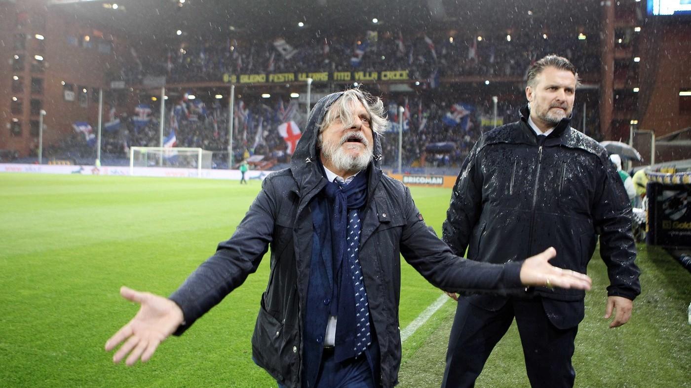 Napoli, vittoria inutile con la Samp. Cori razzisti, gara sospesa