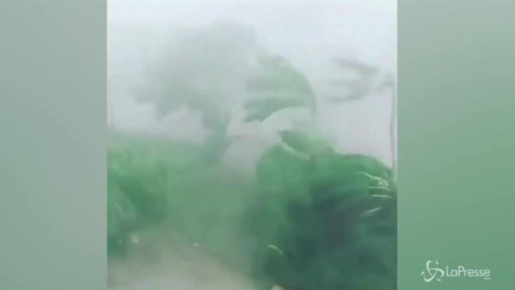 Oman: la devastazione del ciclone Mekonu