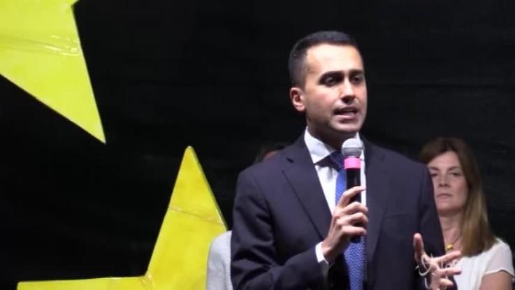 """Di Maio: """"Portiamo in Parlamento questa crisi"""""""