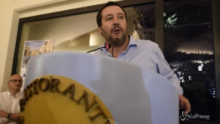"""Salvini: """"Giuro che è l'ultima battaglia antidemocratica che hanno vinto"""""""