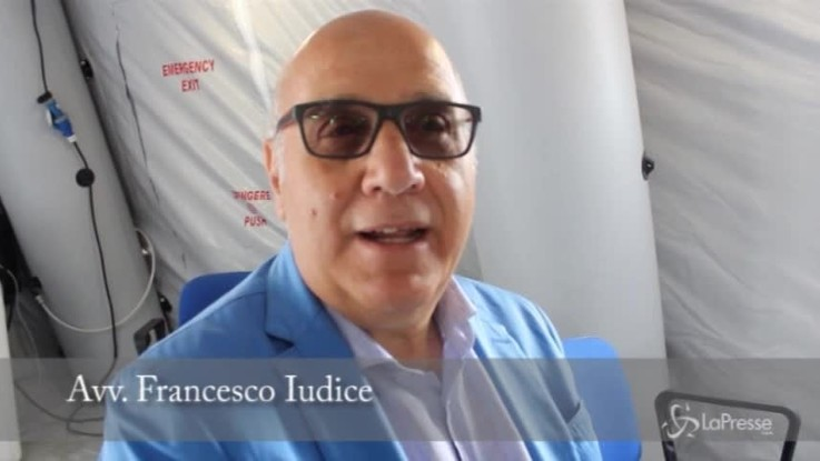 """Bari, avvocato Iudice: """"Tribunale in tendopoli? È umiliante"""""""