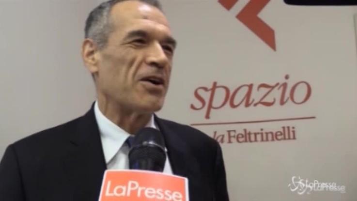 """Cottarelli: """"Io premier? Come giocare al posto di Icardi"""""""