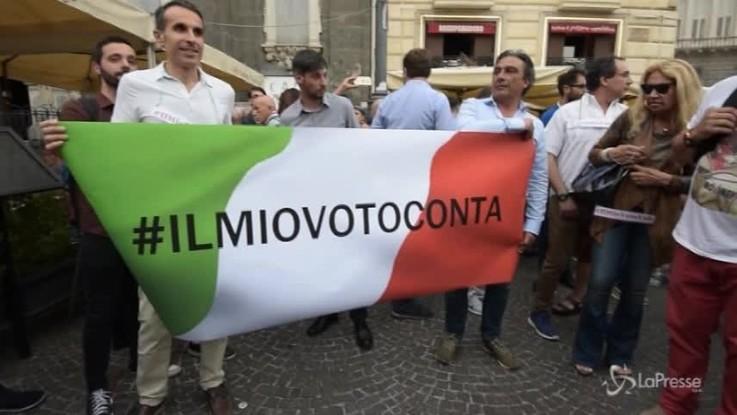 """""""Il mio vota conta"""", Di Maio a Napoli con i militanti del M5s"""