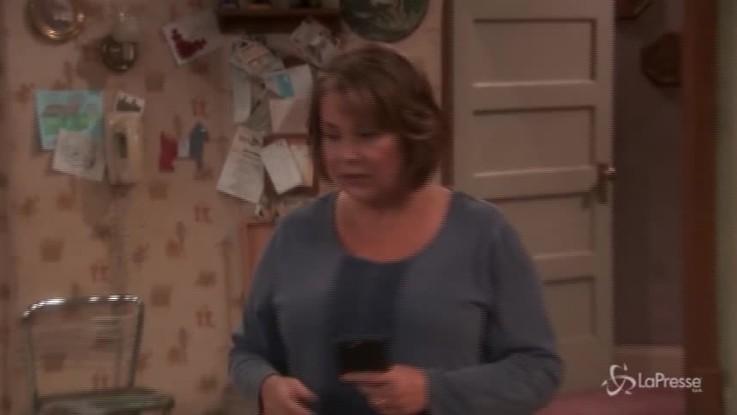 "Cancellata la sitcom americana ""Roseanne"" per una battuta razzista"