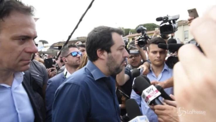 """Salvini: """"Di Maio riapre? Non siamo alla bancarella del mercato"""""""