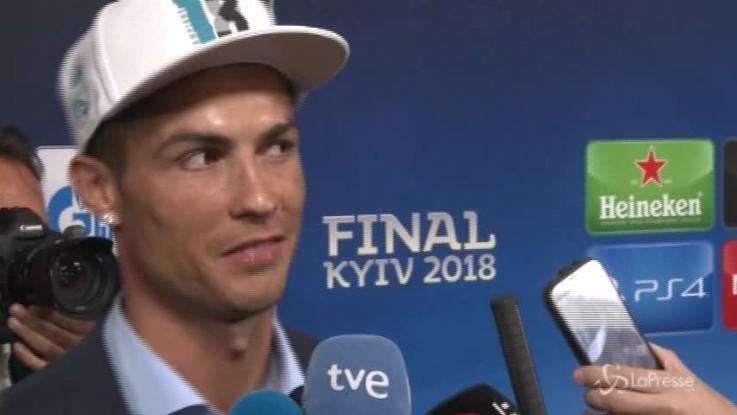 Follia Ronaldo, Psg offre 45 milioni a stagione