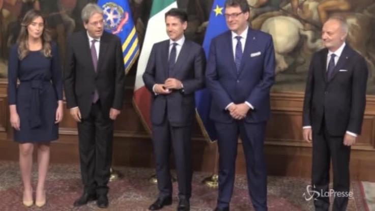 Si insedia il nuovo governo, i saluti di Maria Elena Boschi