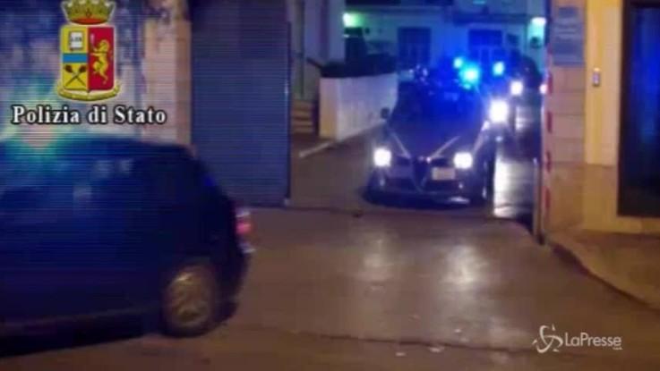 Napoli, 12enne stuprata dal branco: fermati tre minorenni