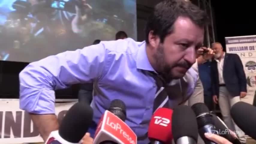 "Flat tax, Salvini: ""Prima pace fiscale, poi imprese e famiglie"""