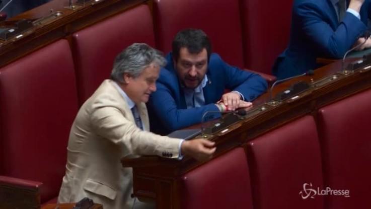 """Camera, Fico richiama Salvini: """"Deve sedersi tra i banchi del governo"""""""