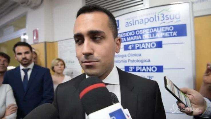 Pomigliano, Di Maio visita l'operaio licenziato dalla Fiat