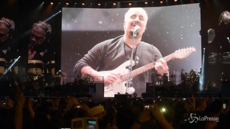 Concerto tributo a Pino Daniele: in 45mila allo stadio San Paolo