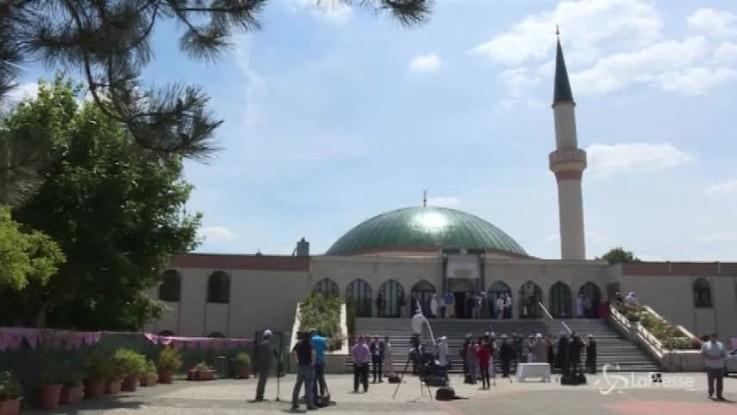 L'Austria chiude 7 moschee