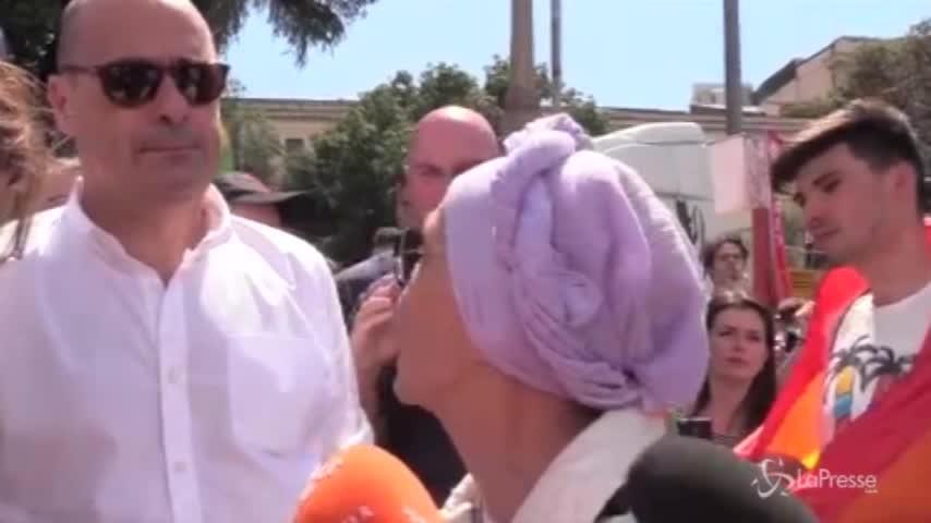 """Bonino al Gay Pride di Roma: """"Si respira un clima di chiusura alle diversità"""""""