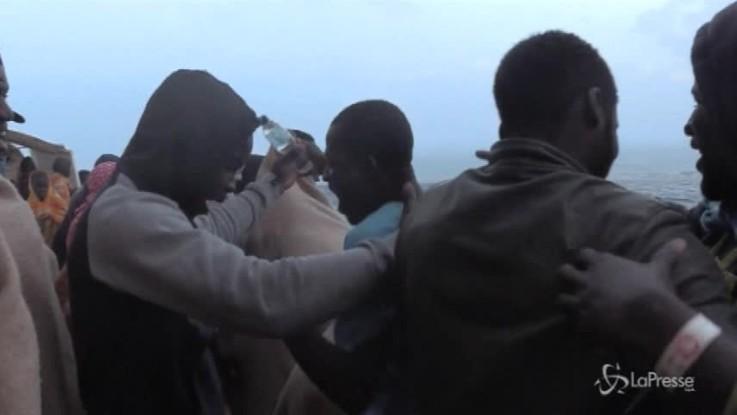 Reggio Calabria, sbarca nave Ong con 232 migranti