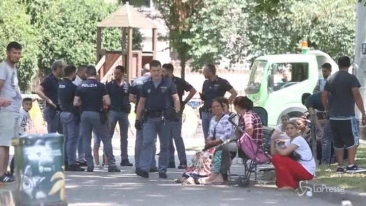 Milano: rissa tra rom in via Odazio, i controlli della polizia