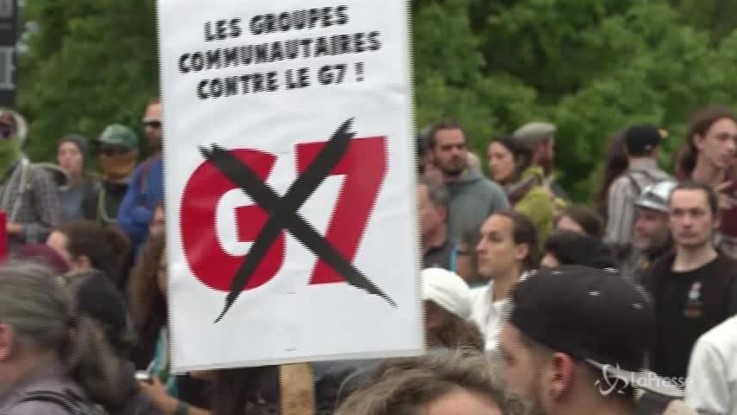 G7, proteste contro i leader a Quebec City