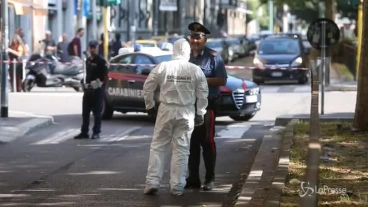Milano, fuori dalla discoteca dove un dominicano ha ucciso la sua fidanzata