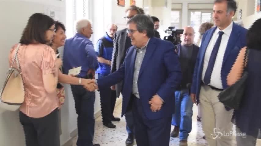 Amministrative a Catania, il sindaco Bianco al seggio
