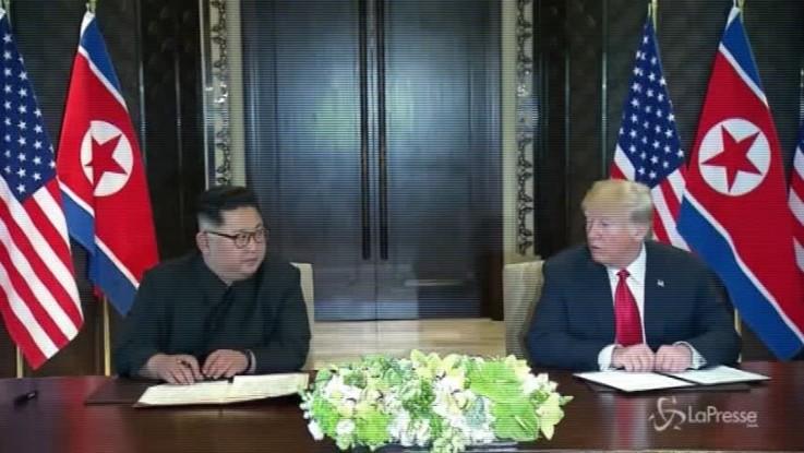 Vertice Singapore, Trump e Kim firmano documento congiunto