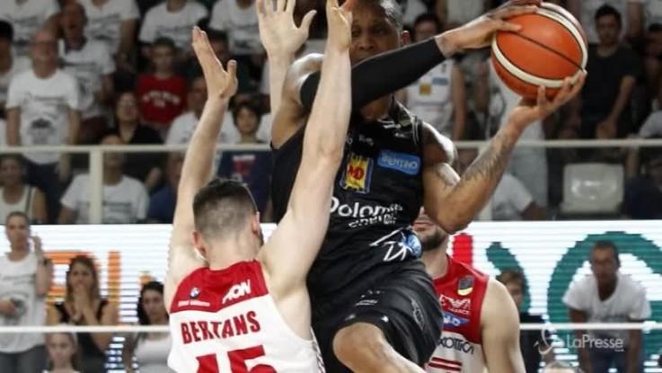 Basket, Trento e Milano vanno a gara 5