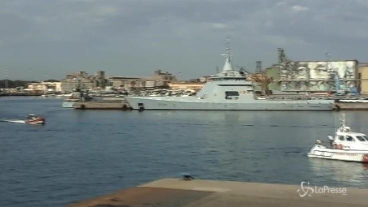 Migranti, l'arrivo della nave Diciotti a Catania