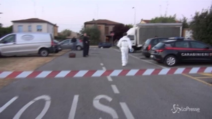 Ravenna, lo lasciarono morire di overdose in auto: 4 arresti