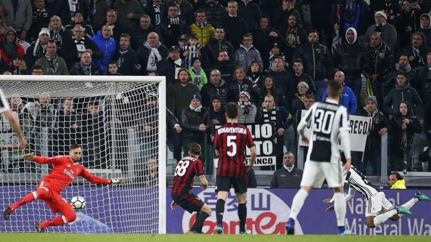 La Juve piega un buon Milan. Prove di fuga: il Napoli a 4 punti