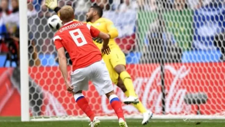 Mondiali, la Russia travolge 5-0 l'Arabia Saudita
