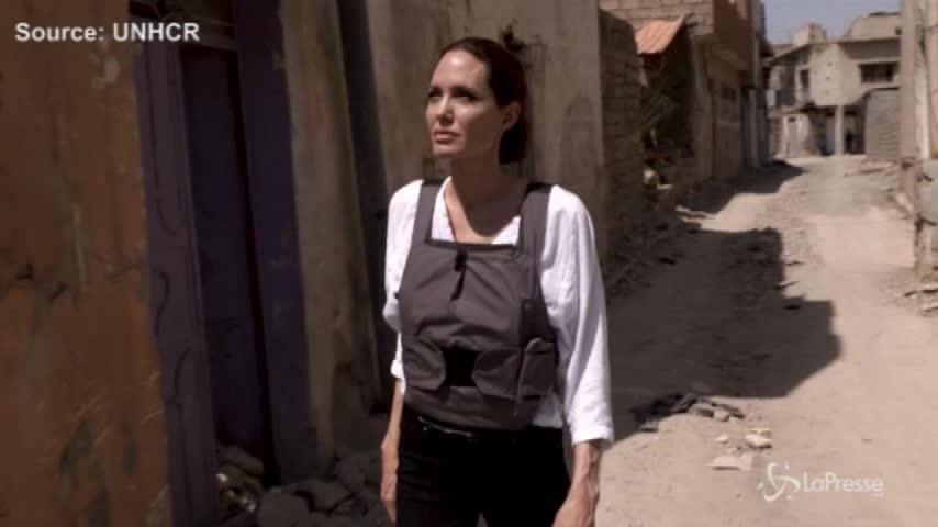 Iraq, la visita di Angelina Jolie a Mosul