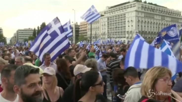 """Grecia, proteste contro il patto sulla """"Macedonia del Nord"""""""