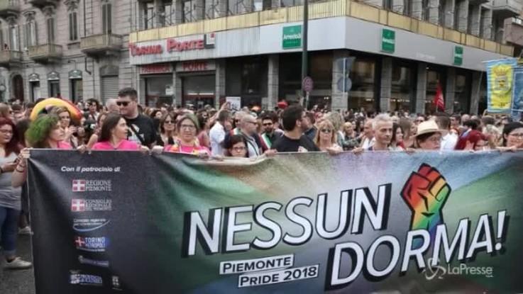 Torino Pride, la sfilata per le strade della città