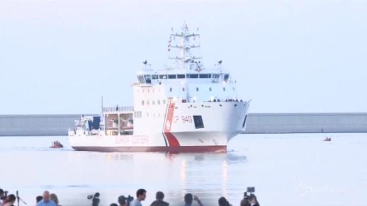 Aquarius, prima nave di migranti a Valencia