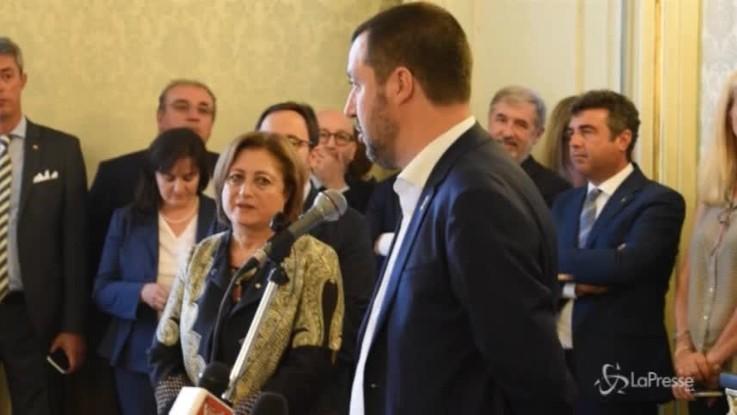 """Salvini: """"Non facciamo più gli zerbini"""""""