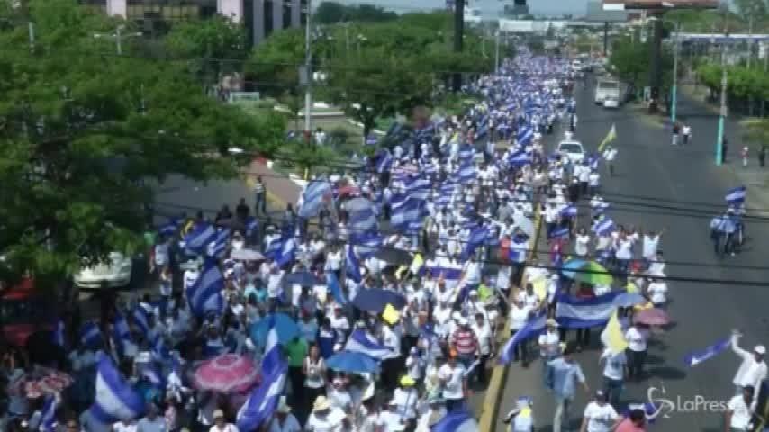 Nicaragua, la marcia per la pace in risposta alle proteste
