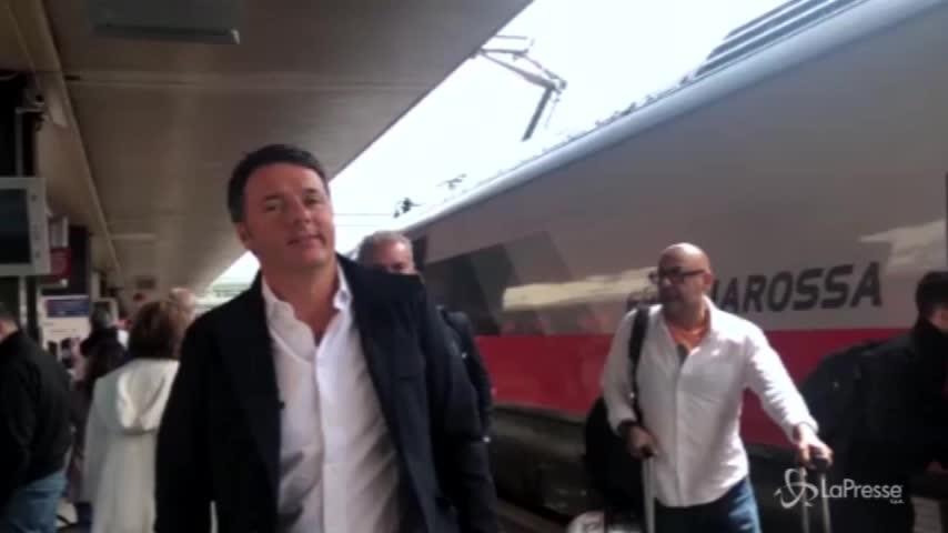 Renzi fa scena muta con i giornalisti