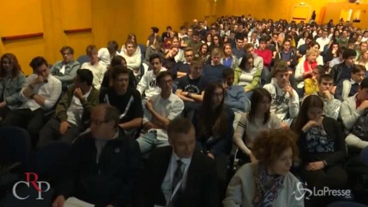 """Salone libro, oltre 500 studenti """"ambasciatori"""" del Consiglio regionale del Piemonte"""