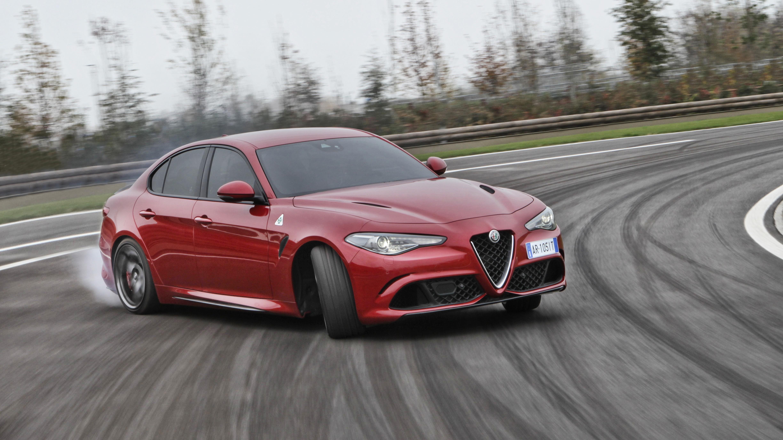 Alfa Romeo: doppietta italiana nel Regno Unito
