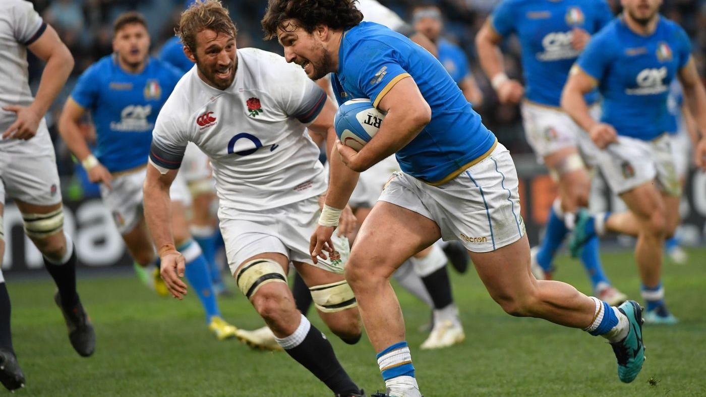 Rugby, l'Italia regge un tempo con l'Inghiltera (15-46)