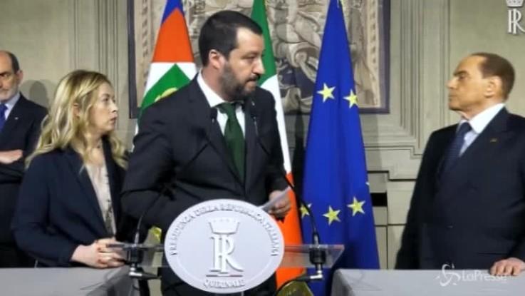 Quirinale, show di Berlusconi