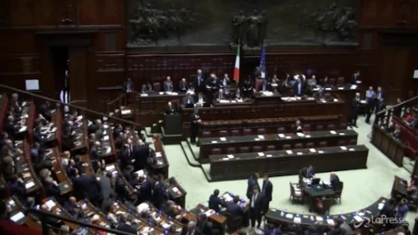 """Siria, Gentiloni: """"L'italia non è neutrale. E' un coerente alleato Usa"""""""