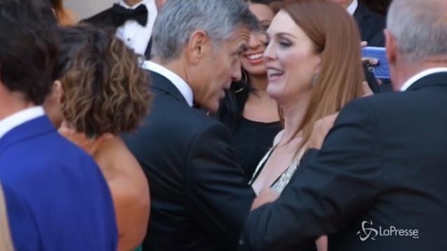 Venezia 74: Clooney con Amal sul red carpet per Suburbicon