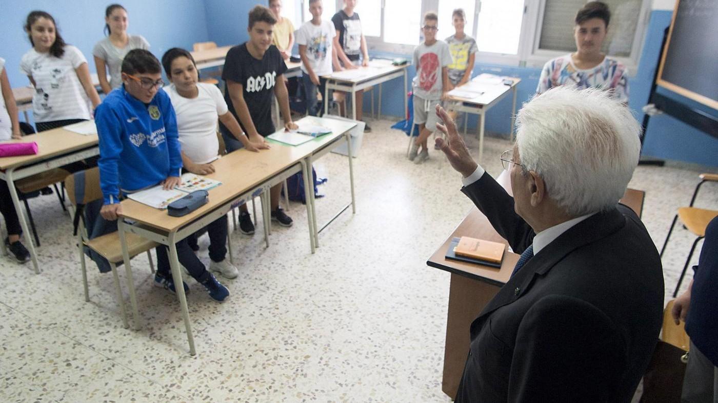 """Scuola, Mattarella: """"Questione nazionale, chi pensa a futuro è più forte"""""""